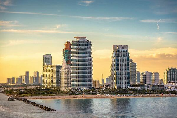 マイアミビーチまたは不動産