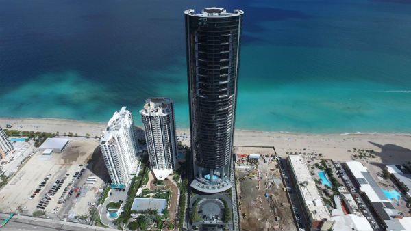 ポルシェ デザイン タワー マイアミ
