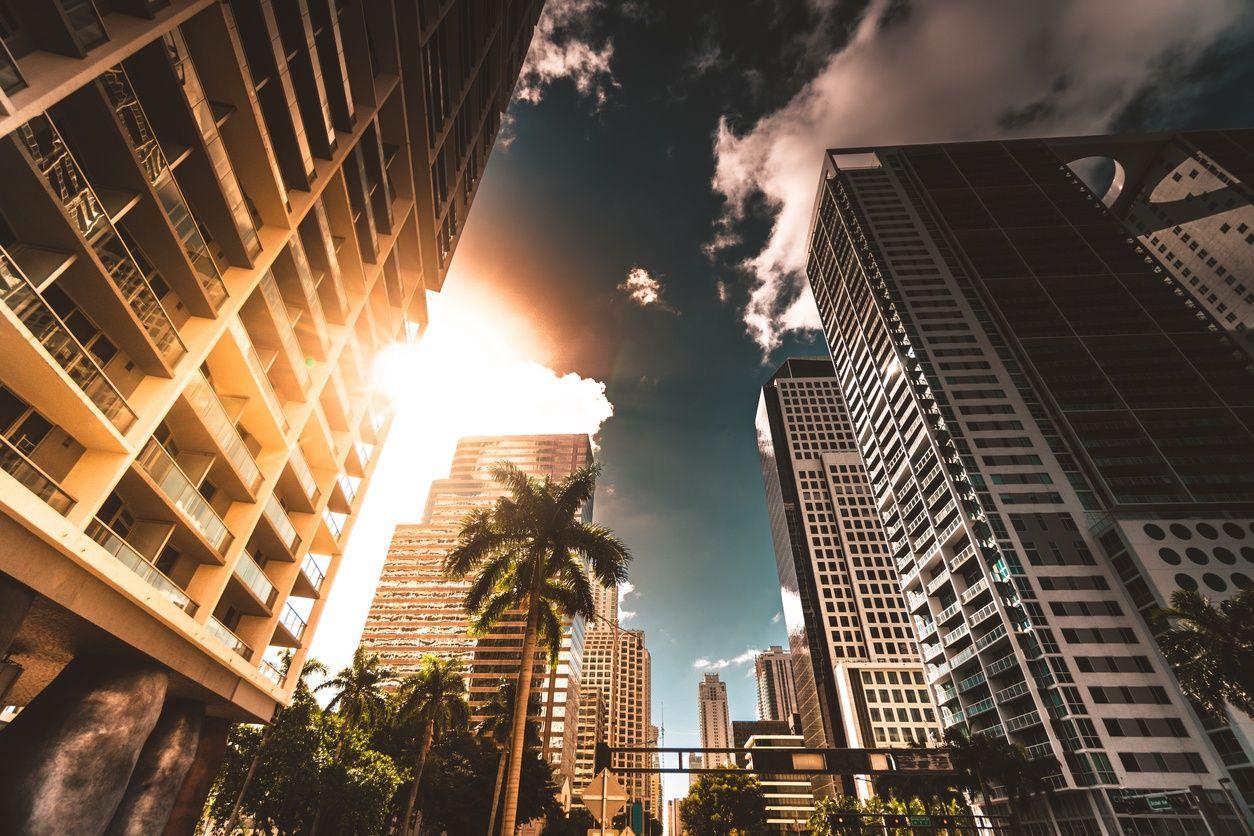 高層マンション downtown miami